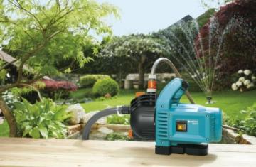 GARDENA Gartenpumpe Classic 3000/4: Bewässerungspumpe für den Einsatz im Freien, mit 3100 l/h Fördermenge, geräuscharm und langlebig, mit Wasser-Ablassschraube, wartungsfrei, hohe Saugkraft (1707-20) - 2