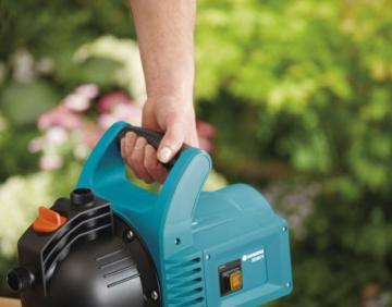 GARDENA Gartenpumpe Classic 3000/4: Bewässerungspumpe für den Einsatz im Freien, mit 3100 l/h Fördermenge, geräuscharm und langlebig, mit Wasser-Ablassschraube, wartungsfrei, hohe Saugkraft (1707-20) - 4